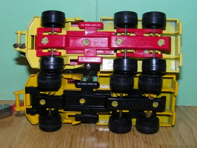 N°3011 / 3026 / 4508 Ford L Dèpanneuse 3011_c10