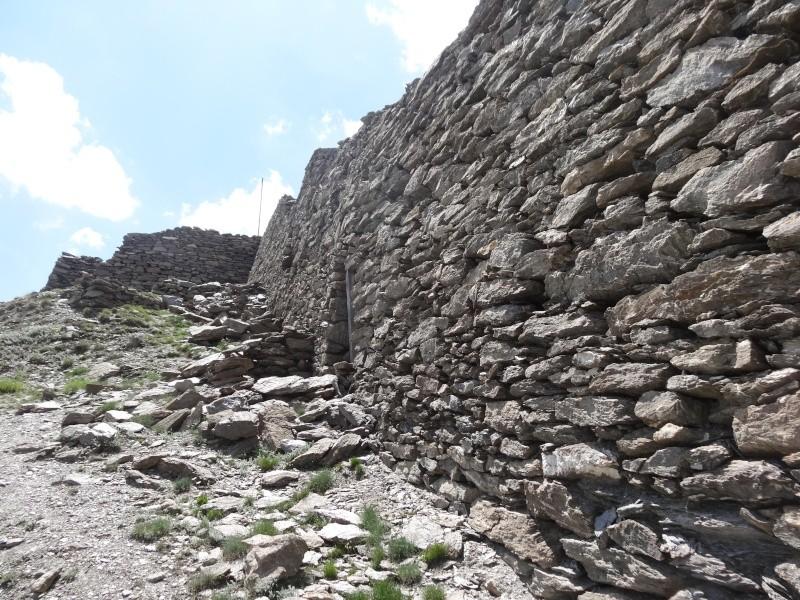 Fort du Mont Froid depuis la route du Petit Mont Cenis Dsc00731