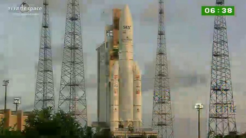 Lancement Ariane 5 ECA VA209 / Astra 2F + GSat 10 -28 septembre 2012 - Page 2 Capt_h43