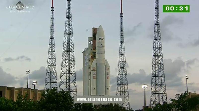 Lancement Ariane 5 ECA VA209 / Astra 2F + GSat 10 -28 septembre 2012 - Page 2 Capt_h52