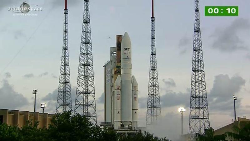 Lancement Ariane 5 ECA VA209 / Astra 2F + GSat 10 -28 septembre 2012 - Page 2 Capt_h53