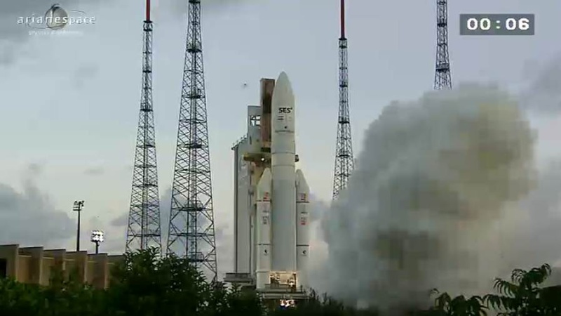 Lancement Ariane 5 ECA VA209 / Astra 2F + GSat 10 -28 septembre 2012 - Page 2 Capt_h74