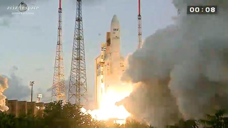 Lancement Ariane 5 ECA VA209 / Astra 2F + GSat 10 -28 septembre 2012 - Page 2 Capt_h76