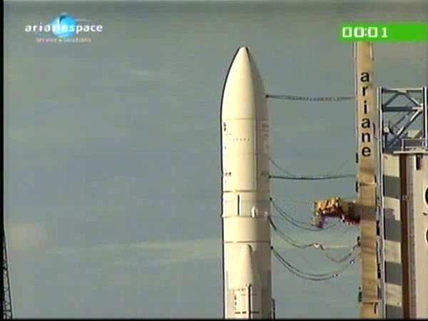 Ariane 5 ECA V196 / RASCOM-QAF 1R + Nilesat 201 (4 août 2010) - Page 5 Vlcsna10