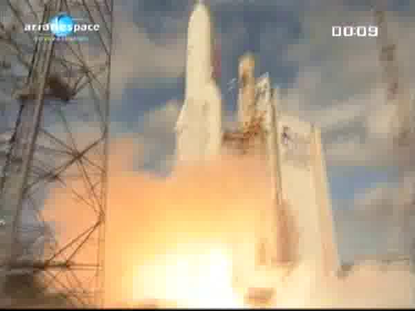 Ariane 5 ECA V196 / RASCOM-QAF 1R + Nilesat 201 (4 août 2010) - Page 5 Vlcsna11