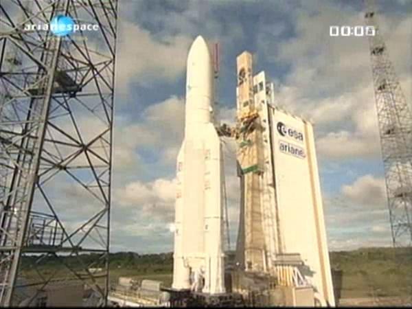 Ariane 5 ECA V196 / RASCOM-QAF 1R + Nilesat 201 (4 août 2010) - Page 5 Vlcsna27