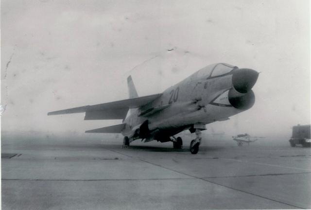 [Aéronavale divers] UNE PENSÉE POUR LES CRUSADERS F8e_210