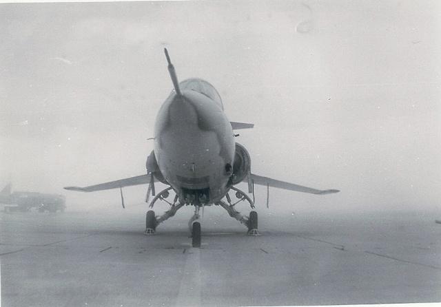 [Aéronavale divers] 1971 : B.A.705 TOURS : Exposition statique . F_104_10