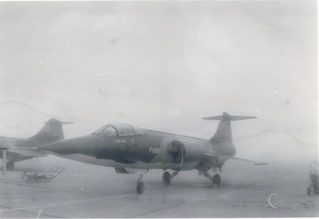 [Aéronavale divers] 1971 : B.A.705 TOURS : Exposition statique . F_104_11