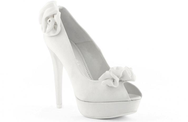 Këpucët e nuses! - Faqe 6 3143