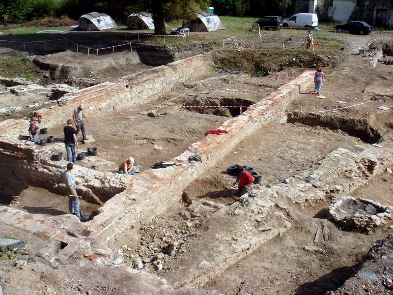 Journées du Patrimoine - ouverture du chantier archéologique de Condé-sur-l'Escaut Copie_12