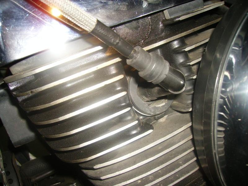 Probleme de cliquetis + legere fuite d'huile sur VN1500 97 Imgp3310