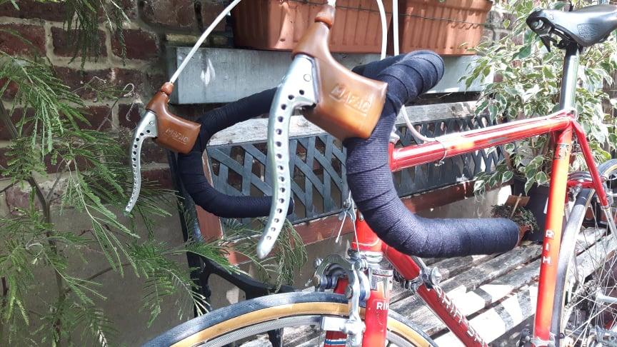 Deux roues sans moteur, ça vous parle? ( vélo ) - Page 5 66490110