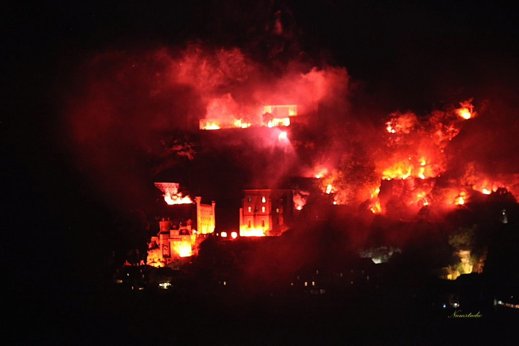 Au feu au feu  In_fir10