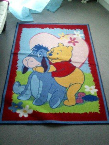 [VENDU]vends tapis Winnie l'ourson et bourriquet 16856911