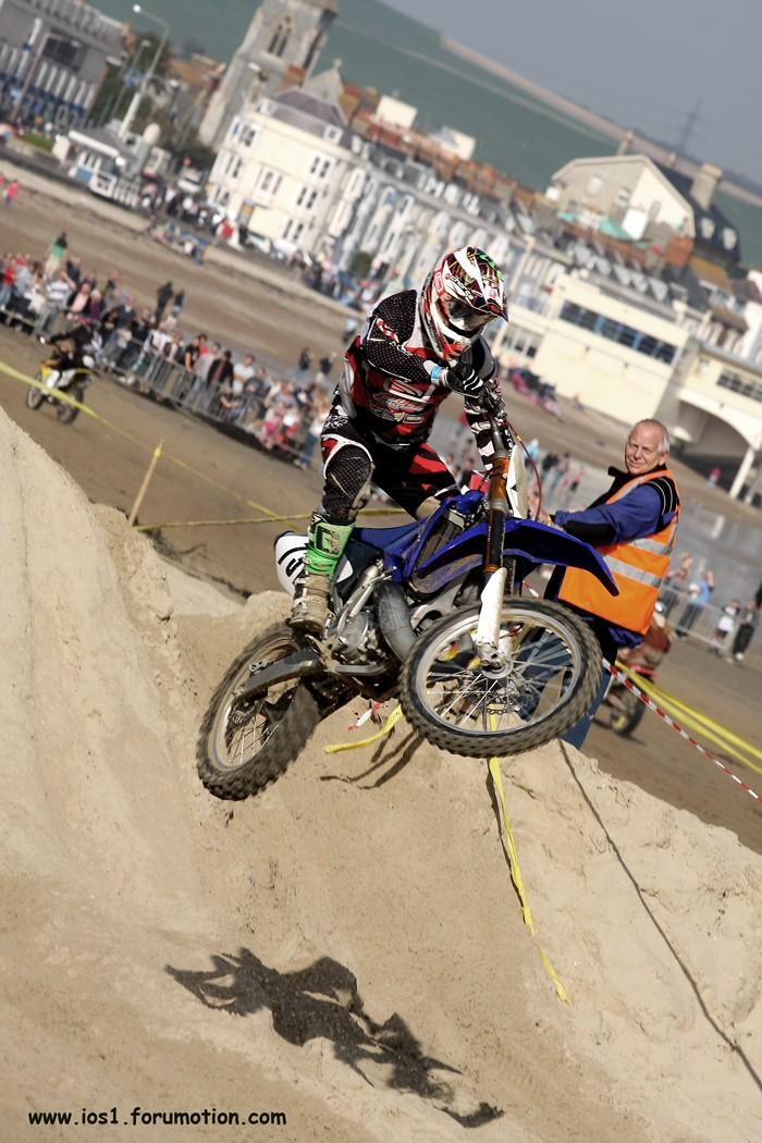 WEYMOUTH BEACH RACE 2010 - Page 6 Weymuf10