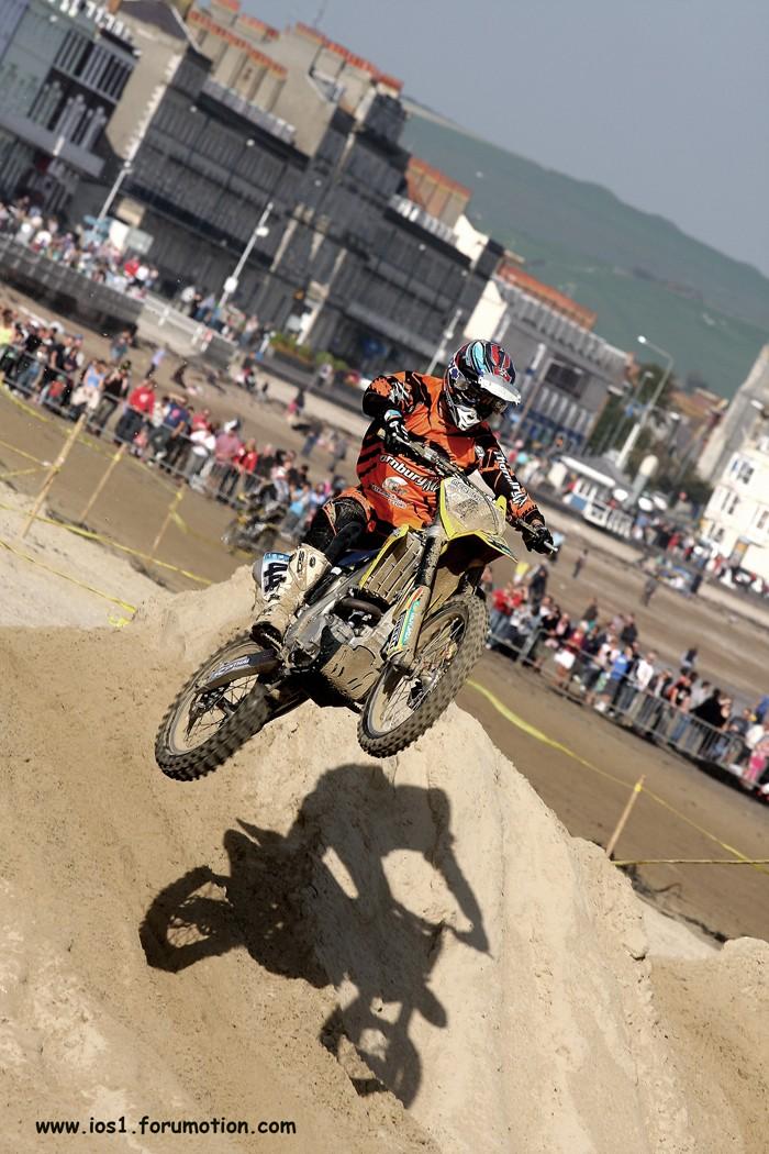 WEYMOUTH BEACH RACE 2010 - Page 6 Weymuf13