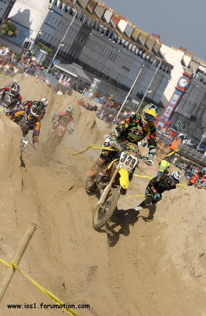 WEYMOUTH BEACH RACE 2010 - Page 6 Weymuf32