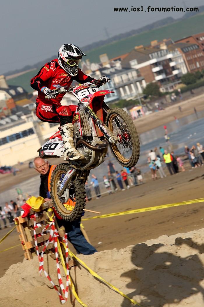 WEYMOUTH BEACH RACE 2010 - Page 6 Weymuf35