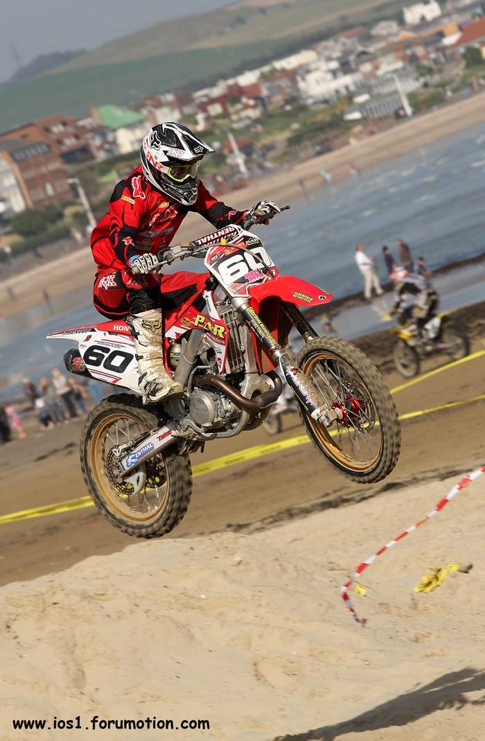 WEYMOUTH BEACH RACE 2010 - Page 6 Weymuf36