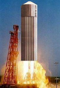 Quelle est la taille maximale d'une fusée ? - Page 4 Otrag_10