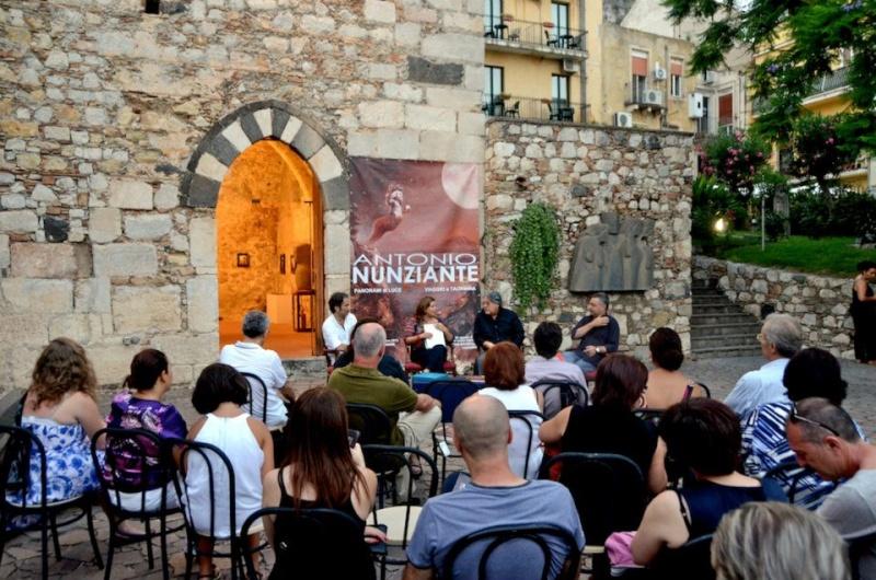 """MOSTRA A TAORMINA; """"Viaggio a Taormina"""" 4-30 Agosto 2012 Fondazione Mazzullo. Anteprima di alcune opere del maestro.. 52852910"""