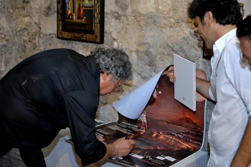 """MOSTRA A TAORMINA; """"Viaggio a Taormina"""" 4-30 Agosto 2012 Fondazione Mazzullo. Anteprima di alcune opere del maestro.. Beccat10"""