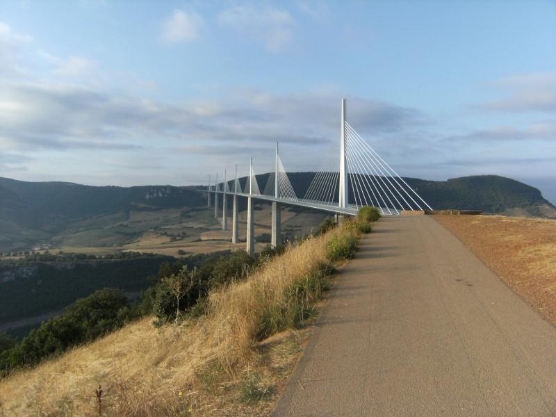 Le viaduc de Millau Ata_4910