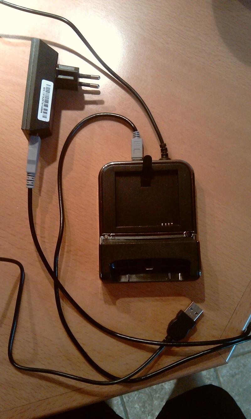 [MOBILEFUN.FR] Test du dock pour le HTC Desire avec emplacement pour seconde batterie sur Génération mobiles Imag0012