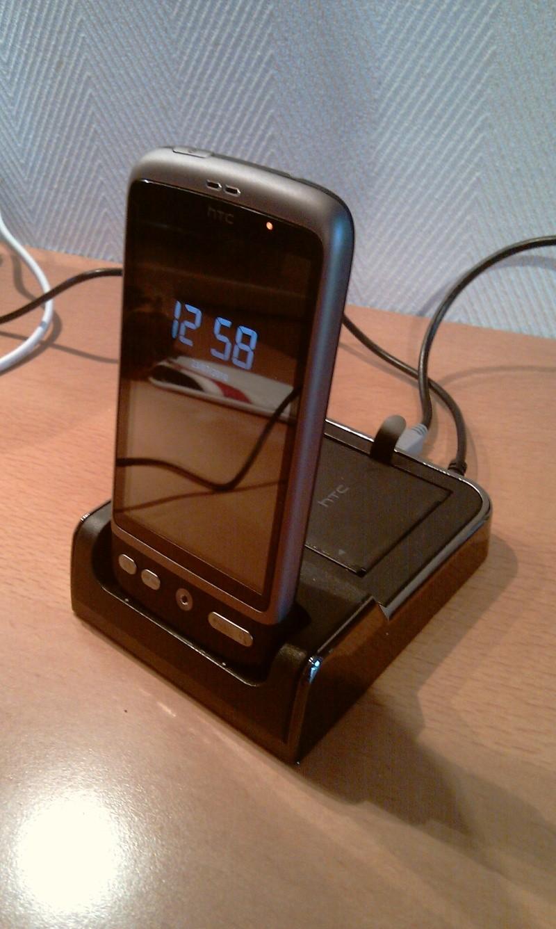 [MOBILEFUN.FR] Test du dock pour le HTC Desire avec emplacement pour seconde batterie sur Génération mobiles Imag0014