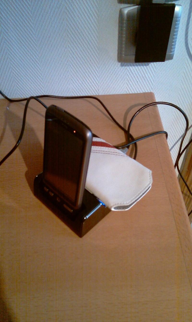 [MOBILEFUN.FR] Test du dock pour le HTC Desire avec emplacement pour seconde batterie sur Génération mobiles Imag0017