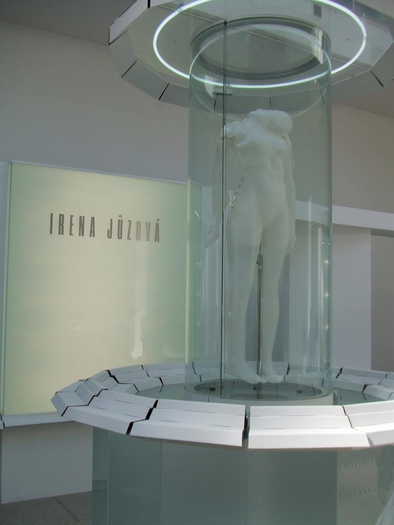 Corps de femmes Irena-10