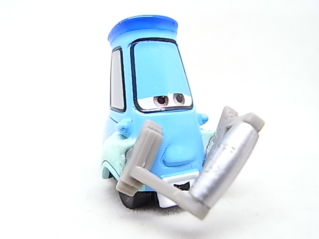 [Cars 2 ] Guido with Shaker  Guido_13