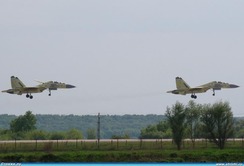 Chasseur Su-30MKA - Page 3 Dsc02912