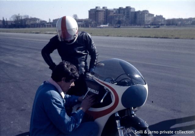 Photos inédites de la période Jarno Saarinen sur Benelli Dia_0026