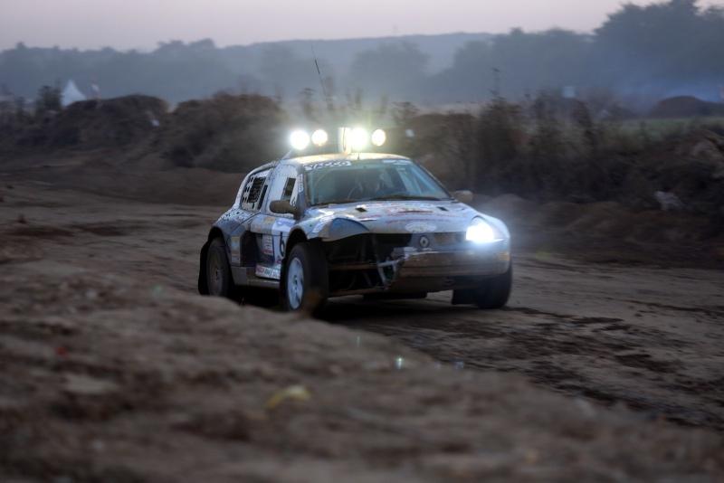 Recherche photos N°6 Proto Clio SDS RACING aux 24H TT 2012 Img_0110