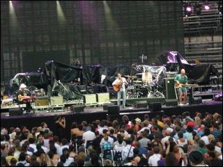 Justin Nozuka fait la première partie de Stevie Wonder ! 4-07-113