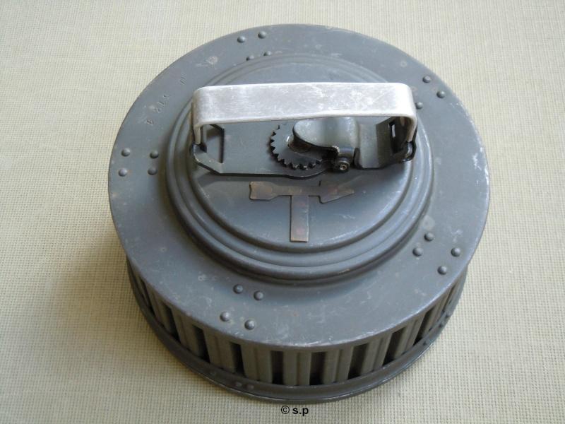 Chargeur de mitrailleuse Reibel Dscn2410
