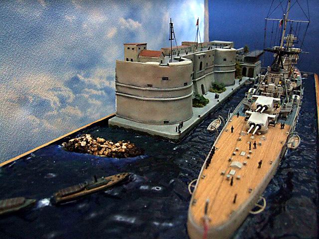 Regia Marina Italian Heavy Cruiser 'Pola' - Page 5 Dscf4017