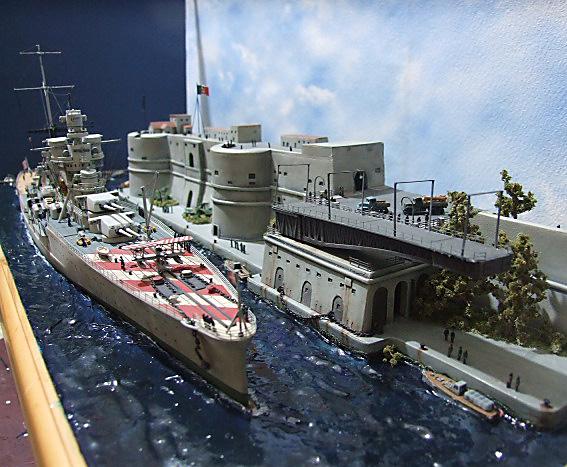 Regia Marina Italian Heavy Cruiser 'Pola' - Page 5 Dscf4023