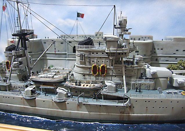 Regia Marina Italian Heavy Cruiser 'Pola' - Page 5 Dscf4024