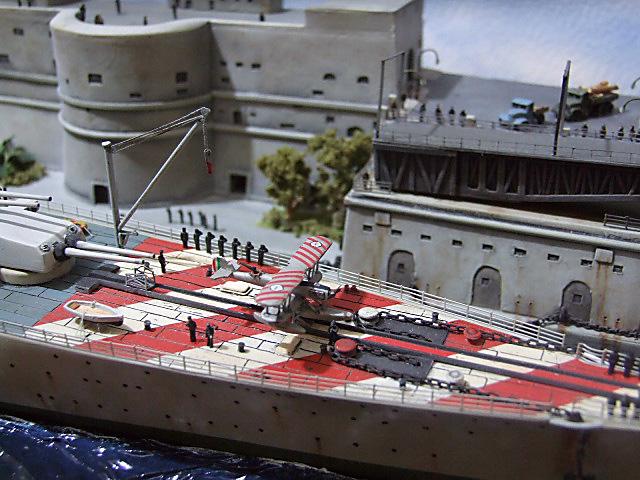 Regia Marina Italian Heavy Cruiser 'Pola' - Page 5 Dscf4031