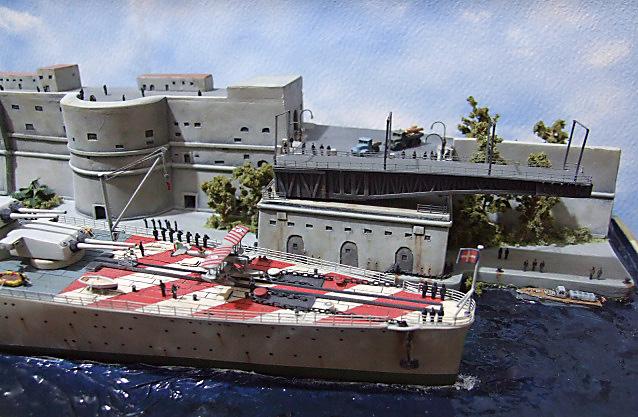 Regia Marina Italian Heavy Cruiser 'Pola' - Page 5 Dscf4032
