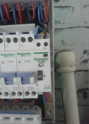 besoins d'aide galere electrique Boite_13