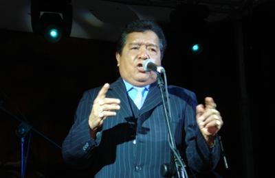Cantante venezolano Pastor López en estado crítico tras cirugía en Colombia Pastor10