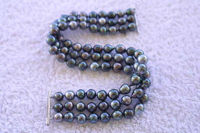 L'enfilage de perles, des nœuds surtout dans ma tête Img_3513