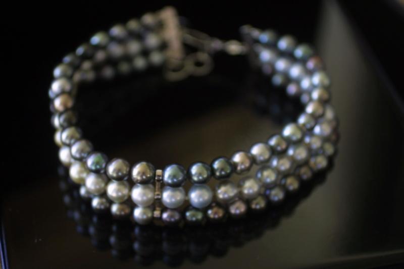 L'enfilage de perles, des nœuds surtout dans ma tête Img_5413