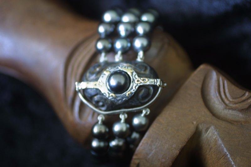 L'enfilage de perles, des nœuds surtout dans ma tête M_img_40