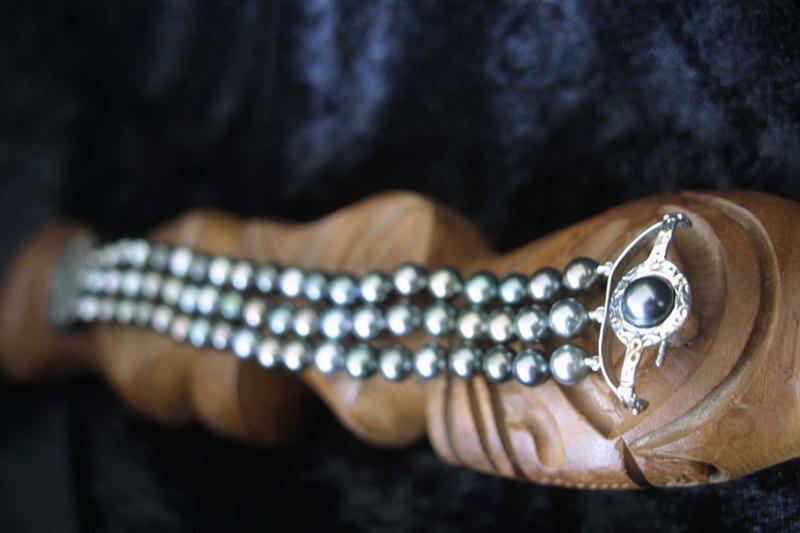 L'enfilage de perles, des nœuds surtout dans ma tête M_img_41