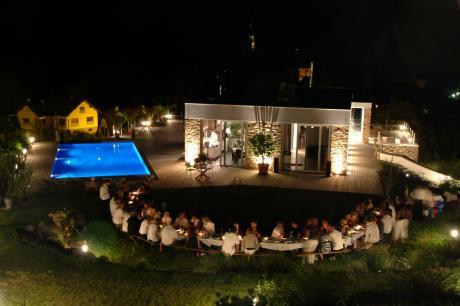 Aménagement et éclairage autour de la piscine Piscin11